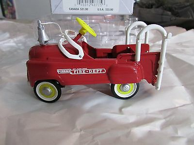 Retired 4,737 Numbered HALLMARK KIDDIE CAR CLASSIC 1955 MURRAY FIRE TRUCK