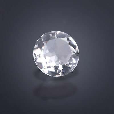 A Rock Crystal ca. 10 mm Round / facetted / Quartz (Box)