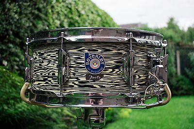 Vintage 1960s Beverley Blue Badge Black Oyster 14 x 5.5 Snare Drum