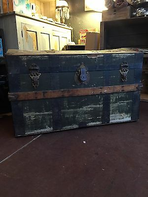 Antique Chest Trunk Coffee Table Storage