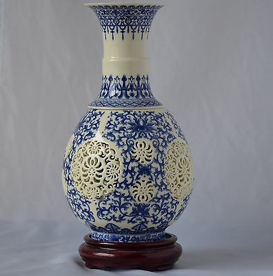 Chinese 2 piece blue and White Porcelain vase with mark