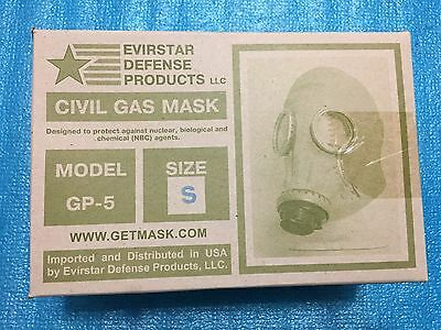Military Surplus Civil Defense Gas Mask   Size Small   Filters Bag Adult GP-5