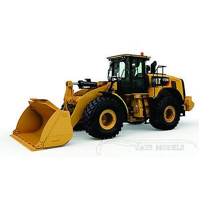 CATERPILLAR 972M Wheel Loader - Diecast Masters - 1:50 Scale / 85927