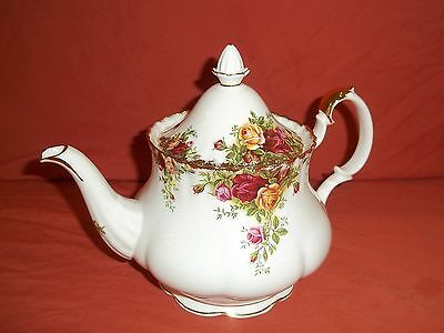 Royal Albert Old Country Rose Large Teapot 1st