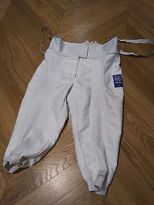 Uhlmann 800N World Cup Right Handed Fencing Breeches Mens size 52