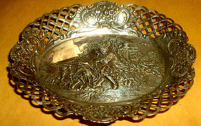 Beautiful Decorated Dish Sterling Silver Chicargo Usa Weight 135 Grams