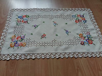ANTIQUE Vintage Handmade Ivory Table Runner Crochet Lace Hand Embroidery