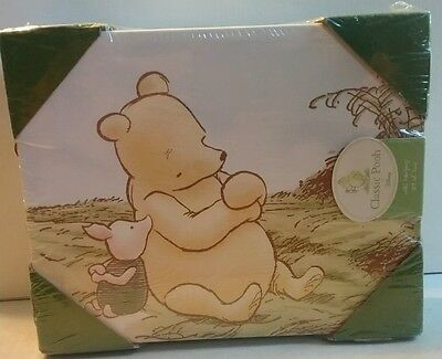 Classic Pooh by Disney wall hangings set of 2