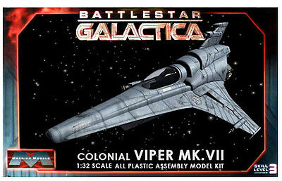 Battlestar Galactica Viper MK VII 1:32 Model Kit