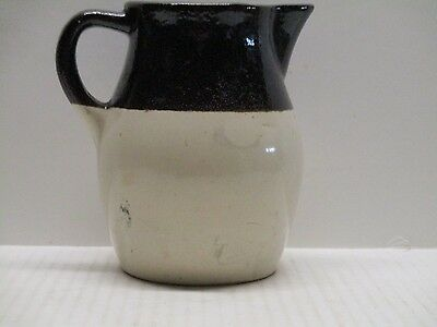 RRP Co Vintage Stoneware Pitcher Roseville OH USA Pre-Owned MARK