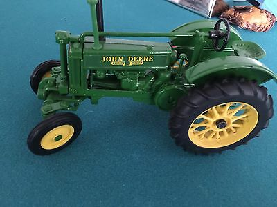 John Deere Metal Tractor Super Condition