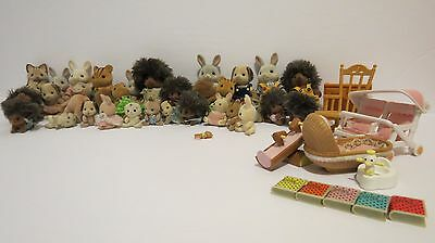 CALICO CRITTERS Lot Of 31 Figures + Accessories Sylvanian Families Hedgehogs...