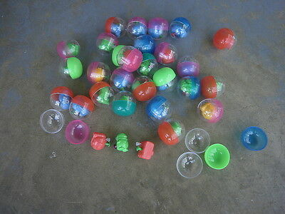 2 inch  FILLED CAPSULE WITH WATER PISTOLS X 30