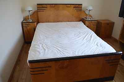 Beautiful 1920s to 1930s Period Art Deco Bedroom Furniture Set.