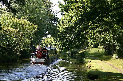 One Week Luxury 6-Berth Narrowboat holiday on Straford Canal from 13th August
