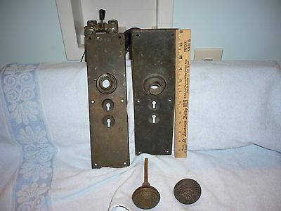 Antique Brass Eastlake Door Knob Set w/heavy brass  Door Plates 2 skeleton key