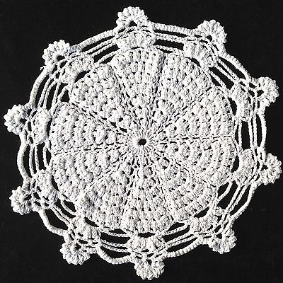 "WHITE HAND CROCHETED LARGE DOILEY / DOILY / DOILIE TABLE CENTRE 12"" 31cm"