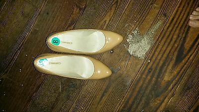 Women NEW shoes size 8 never worn