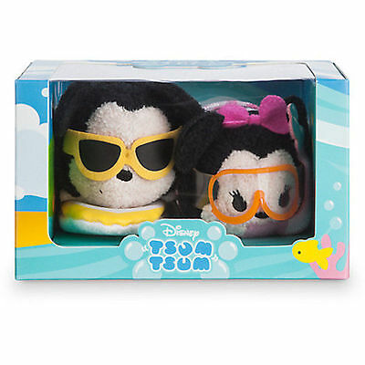 New! Disney Hawaii Mickey and Minnie Mouse Mini Tsum Tsum Box slightly damaged