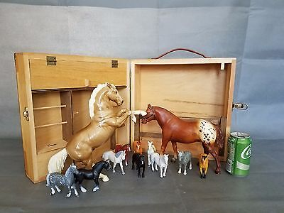 Large HORSE STABLE with HORSES and Wood Folding Barn