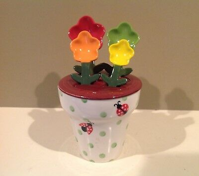 Pier 1 Imports Ladybug Pot Measuring Cup with Flower Measuring Spoons