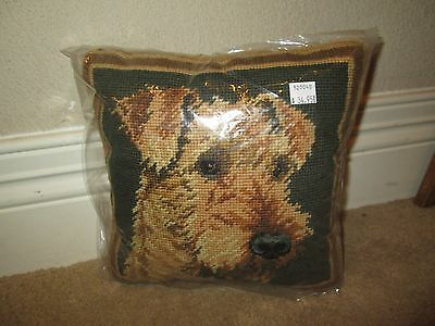 AIREDALE TERRIER FACE Dog Handmade Needlepoint Pillow 10 by 10  NWT