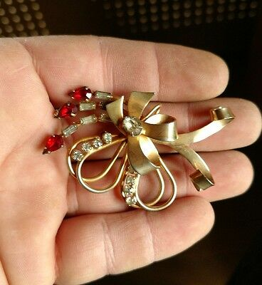 Stunning Vintage red and white Rhinestones large Brooch pendant