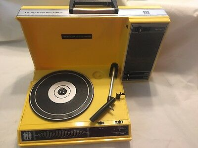 Third Man Records Spinnerette Turntable. Crosley cr6016a portable record player.