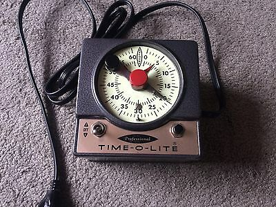 VINTAGE TIME-O-LITE  MODEL P-72 PROFESSIONAL DARKROOM TIMER Works Flawless