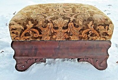 ANTIQUE 19th CENTURY AMERICAN EMPIRE CARVED MAHOGANY UPHOLSTERED FOOTSTOOL