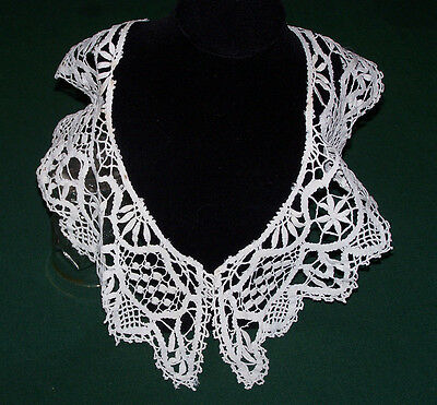 DELICATE VINTAGE NEEDLELACE LACE COLLAR, EDWARDIAN ERA, HANDMADE LACE, c1900