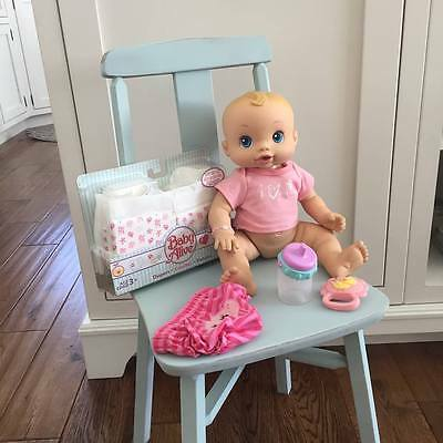2006 Baby Alive Wet N Wiggles Anatomically Correct Girl Doll with Accessories