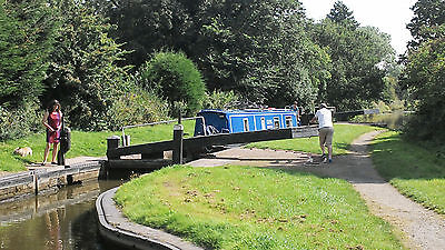 One Week Luxury 4-Berth Narrowboat holiday on Grand Union Canal from 27th May