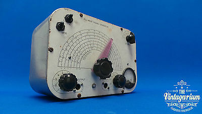 All - Wave Signal Generator RF & AF / Vintage Valve Test Gear = WW2 Era
