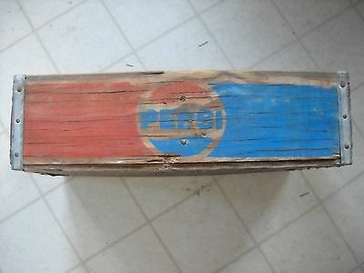 Vintage Pepsi Cola Wooden Crate 1/2 Red 1/2 Blue Metal Bands Half Sections