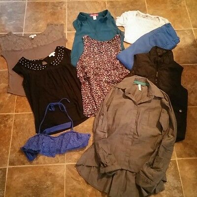 Juniors clothing lot size xs, xhillaration, delias, express and aeropostale lot