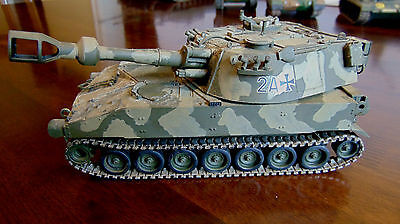 Nicely BUILT - German Army M109 Self Propelled Howitzer Tank Model 1/35th scale