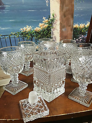 vintage-cut-glass-decanter with 6 glasses