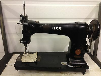 Singer 12W208  Free Hand  Darning  Etc  Industrial Sewing Machine