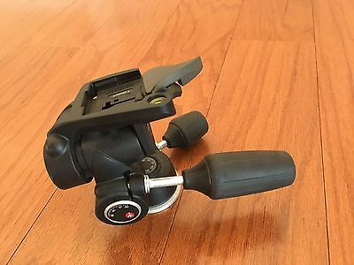 Manfrotto 804RC2 3-Way Pan Tilt Head w RC2 Quick Release