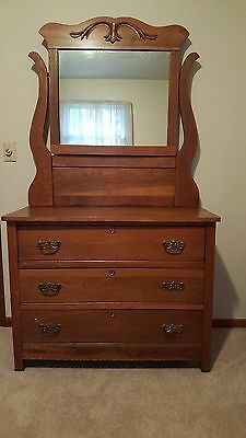Antique Oak 3 Drawer Dresser with Mirror