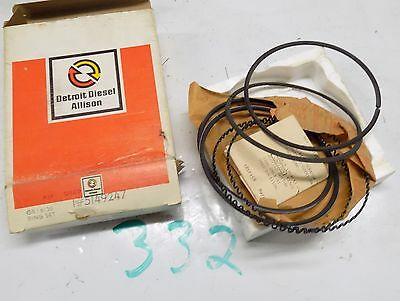 4 NOS Detroit Diesel Allison 5149247 Oiled Piston Rings    S332