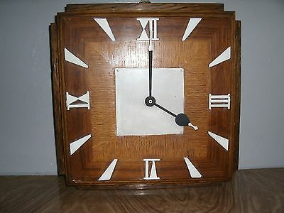 ANTIQUE CLOCKS - 1930's SOLID OAK LARGE ORIGINAL CHURCH CLOCK