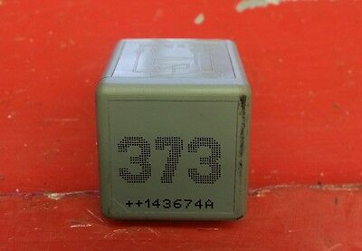 Seat VW AUDI GREY RELAY 8D0951253A NO 373