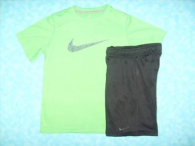 Boy's NIKE 2 PC Dri-Fit Short Outfit - Shorts Sz Small & Shirt Sz Med - Awesome!