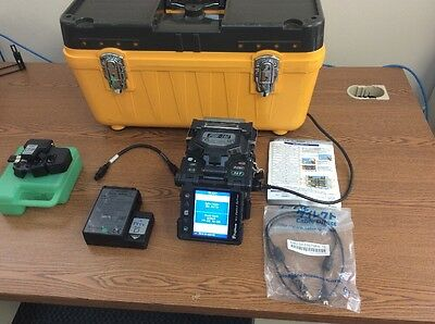Fujikura Fsm-18S Fiber Optic Fusion Splicer Kit / Otdr Tech Tool