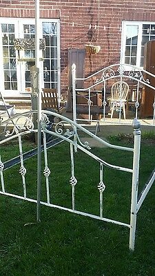 old iron/metal bed antique shabby chic