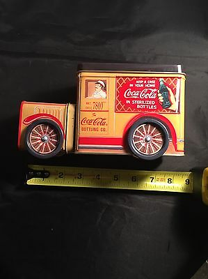 1995 COCA - COLA  TIN WITH ROLLING WHEELS~EXCELLENT. Vintage.