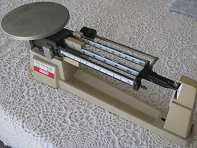 OHAUS 700/800 Series 2610g 5lb 2oz Triple Beam Balance Scale VINTAGE, accurate