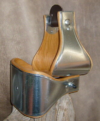 "New USA Made 5"" Wide Metal Bound Bell Stirrups For Western Saddle. G&E"